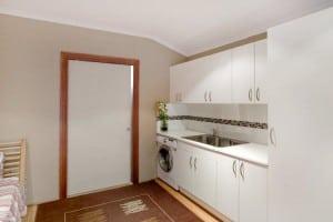 jcs-plumbing-services-plumbers-perth-wa-laundry-room-sink-washing-machine